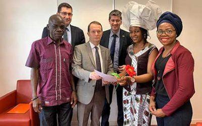 La campagne « Love More Give More » : message de la société civile aux pays donateurs du Fonds Mondial en prélude de la conférence de restitution des ressources du Fonds Mondial !