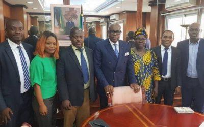 La société civile gabonaise rencontre le vice-président du pays et obtient l'engagement d'augmenter le budget de l'Etat alloué à la santé